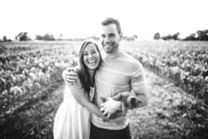 marriage counseling young couple laugh
